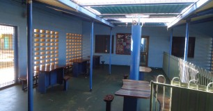 Image of seating and tables in Visits Centre at Roebourne Regional Prison